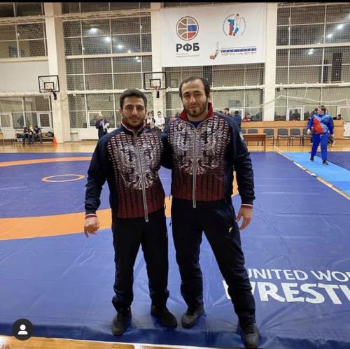 Тренер Оганесян А.Э. (слева) Фатахов М. 2 место