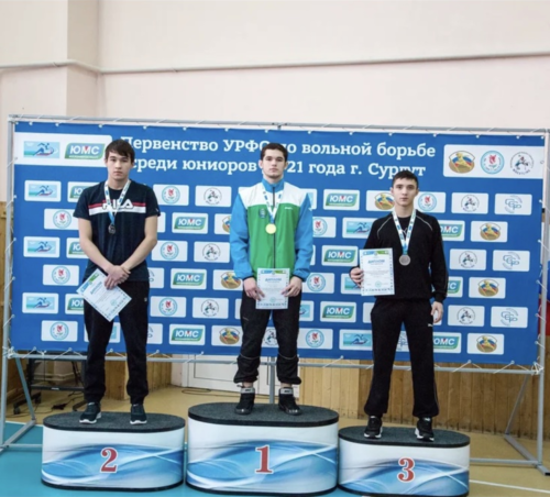 Церемония награждения. 1 место - Идрисов Самат